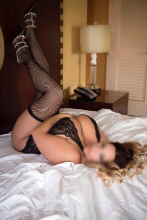 Elorine independent escort in Port Salerno Florida